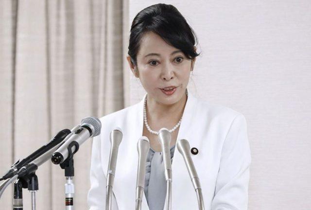 森雅子大臣の二重の目は整形?口裂け女?若い頃と顔の変化を画像比較!