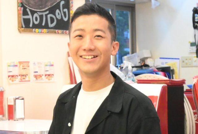 瑛人のハンバーガー屋は横浜のペニーズダイナー!店長がイケメン!